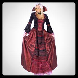 Vampire Queen Deluxe Women's Costume